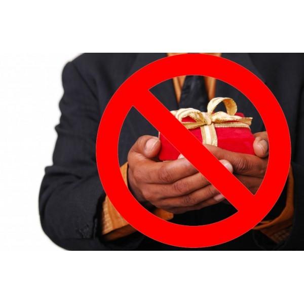 Những món quà tết kiêng kỵ tuyệt đối bạn không nên tặng